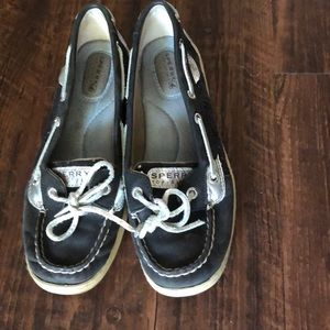 Navy blue Sperry shoes